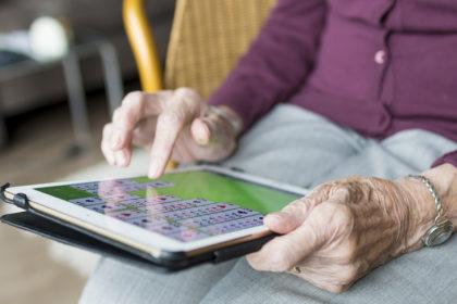Wi-Fi e boliche virtual ganham os residenciais para idosos