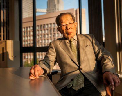 Médico japonês que atendeu até os 105 anos compartilha 12 de seus princípios para uma vida longa