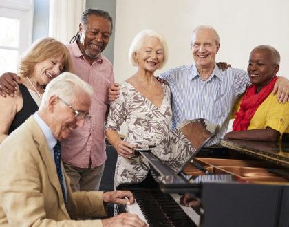Como o enriquecimento musical pode mudar a vida dos idosos