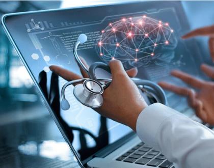 Futuro da saúde é investir em tecnologia para idosos