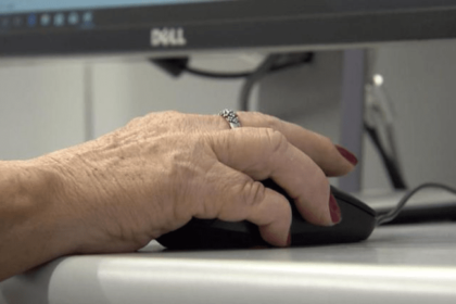 Por que os idosos precisam estar atualizados sobre tecnologia